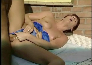 Mum loves cock, fist in ass &; pussy spunked