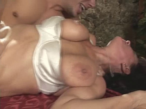 saggy love muffins - cute mature squirt